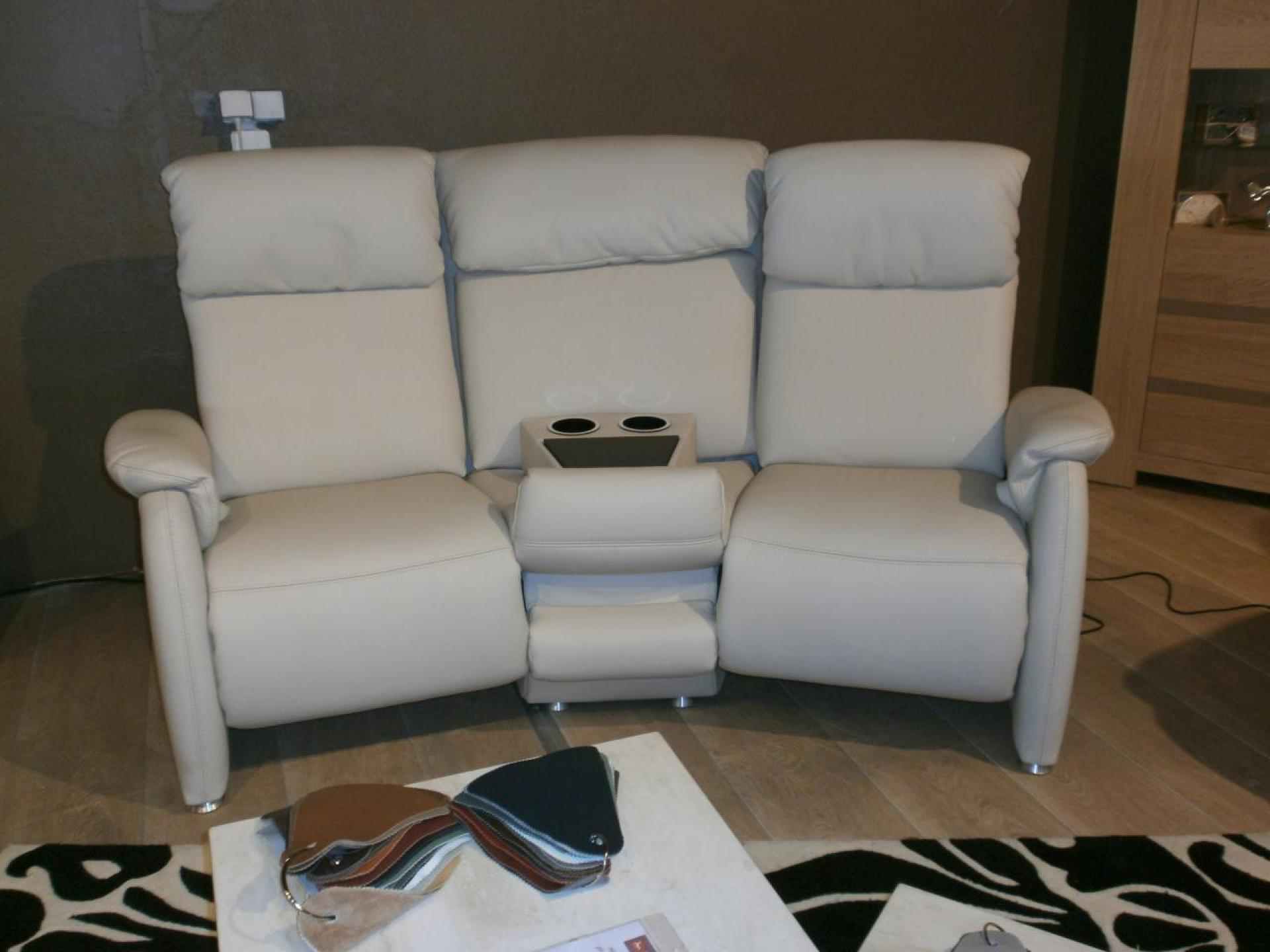 Photos canap home cin ma monsieur meuble for Canape home cinema