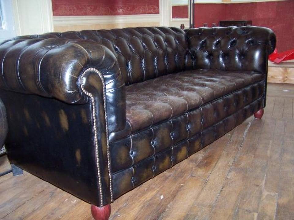 Canap chesterfield occasion belgique univers canap for Canape chesterfield cuir occasion
