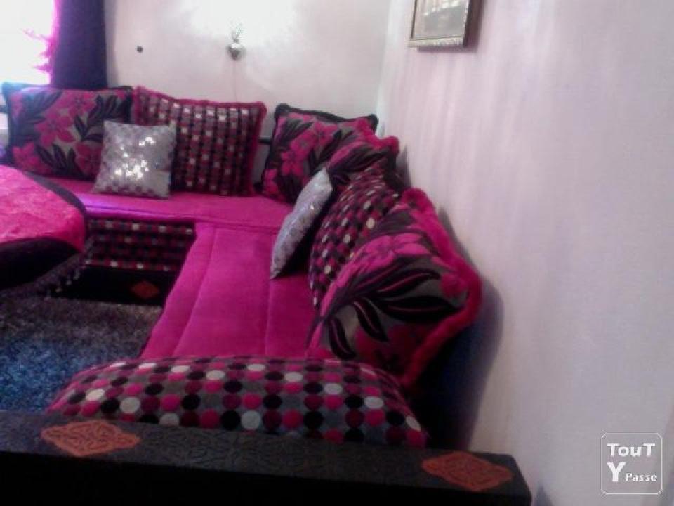 Beautiful Salon Marocain Noir Avec Strass Images - House ...