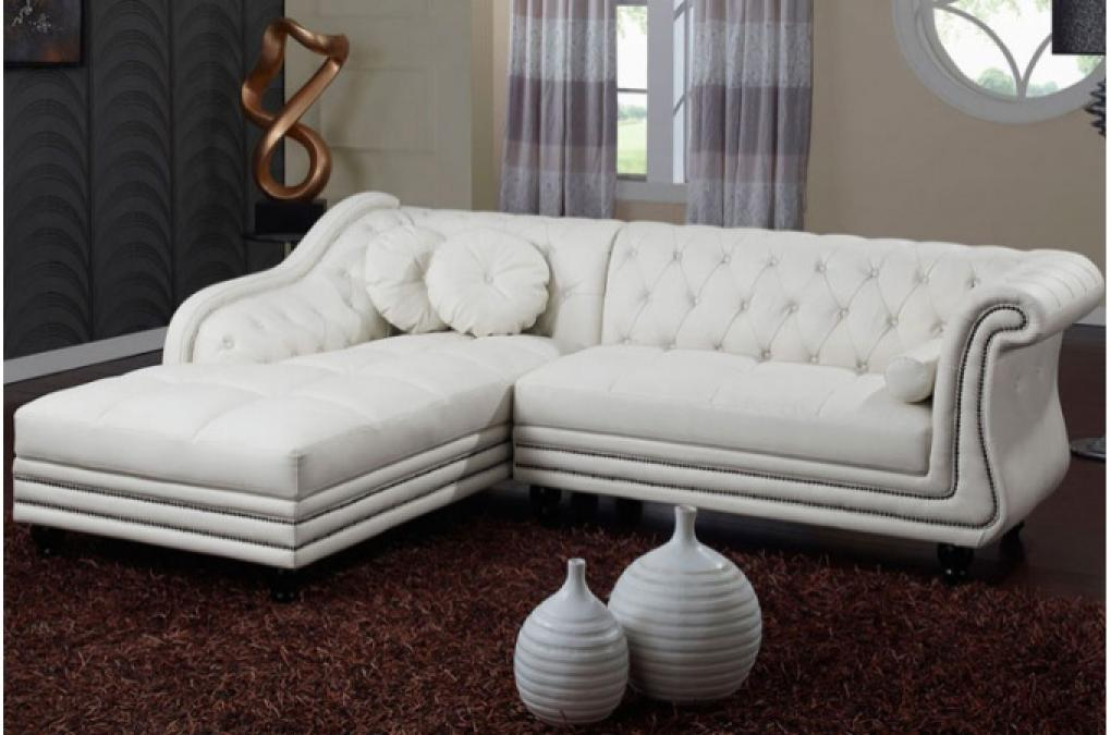 photos canap chesterfield velours blanc. Black Bedroom Furniture Sets. Home Design Ideas