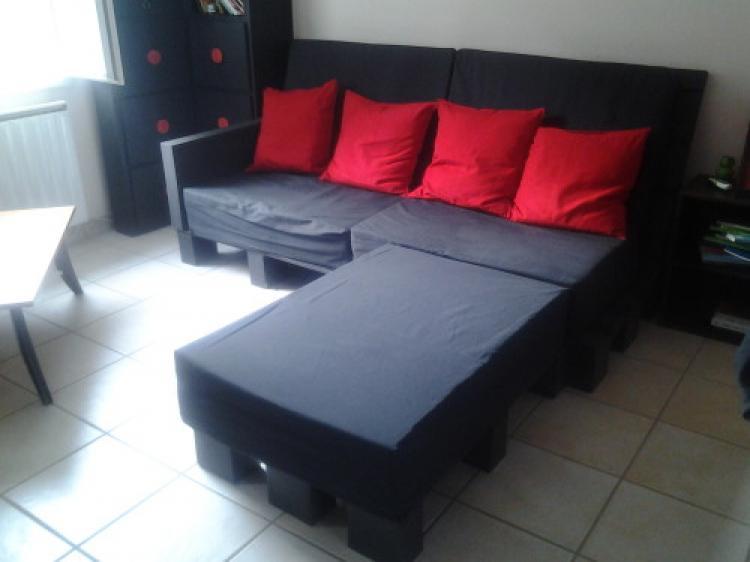 canap d angle en palette excellent mon canap en palette termin with canap d angle en palette. Black Bedroom Furniture Sets. Home Design Ideas