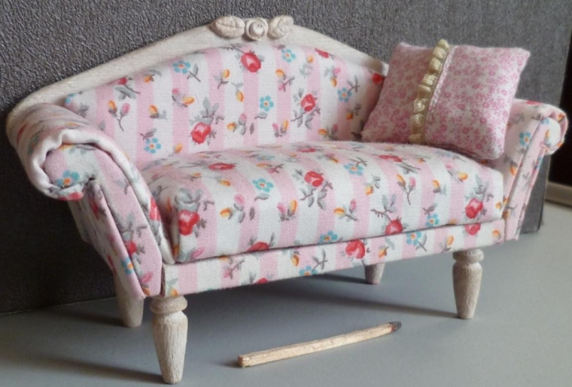 photos canap anglais fleuri. Black Bedroom Furniture Sets. Home Design Ideas