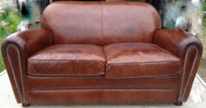photos canap club cuir vieilli. Black Bedroom Furniture Sets. Home Design Ideas